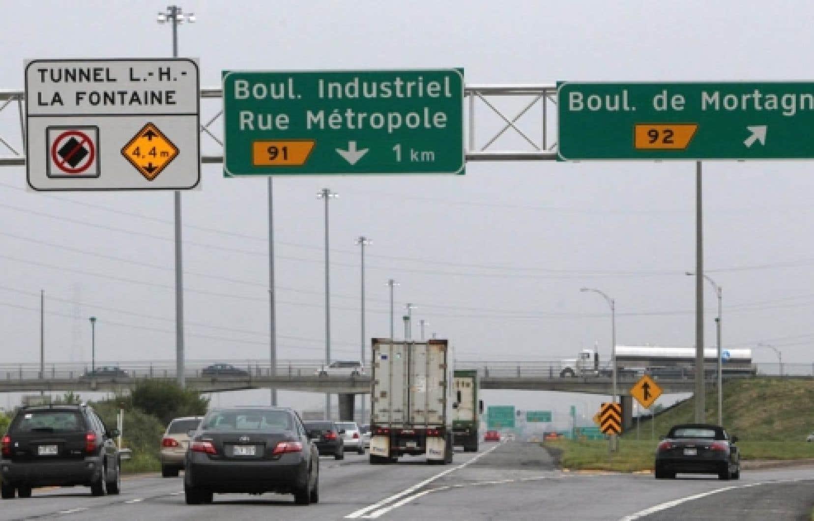 Panneaux de signalisation routi&egrave;re<br />