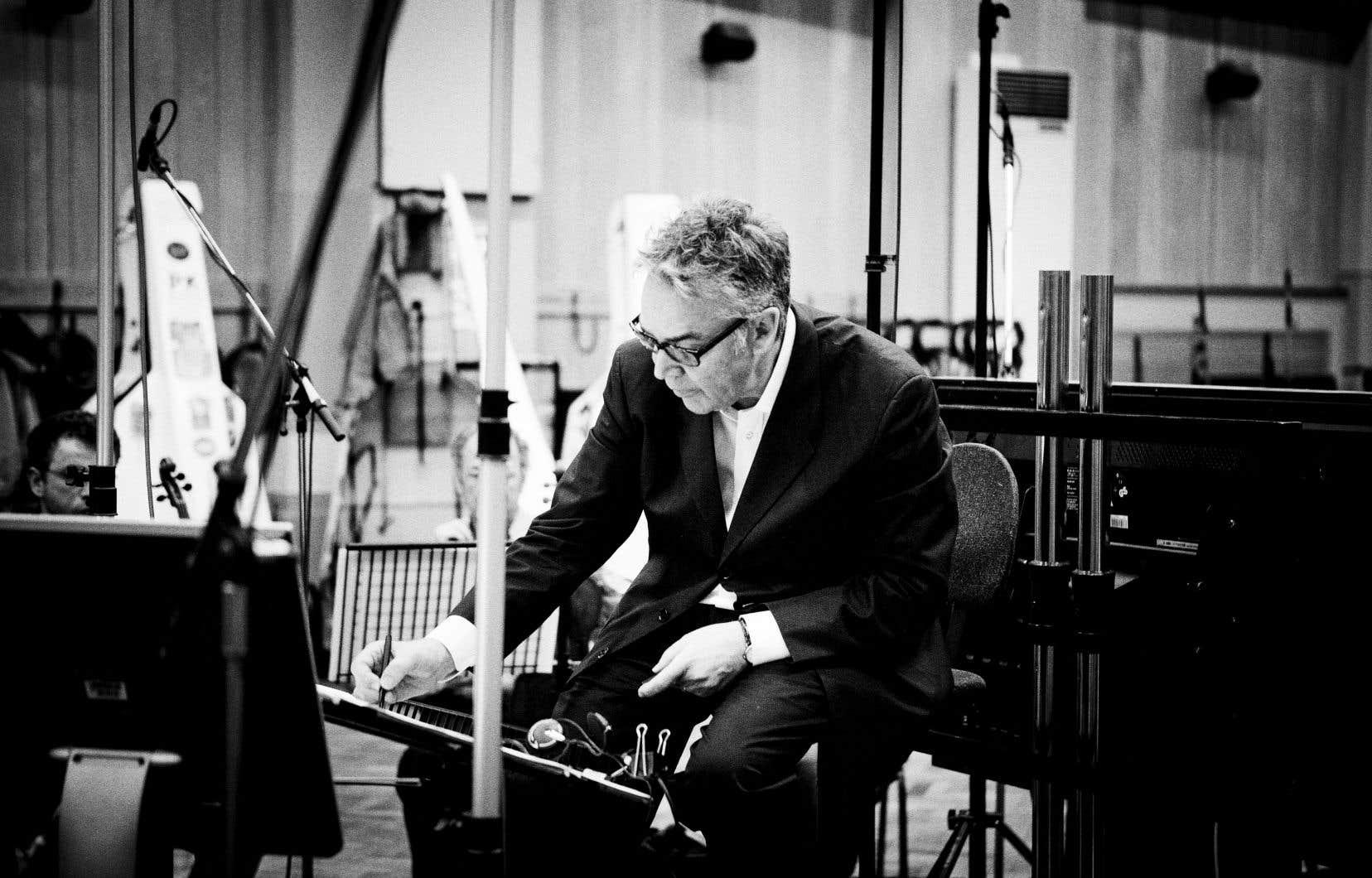 Devant être créé fin janvier 2017, le concerto du compositeur né à Toronto il y a 72ans sera entendu pour la première fois mercredi.