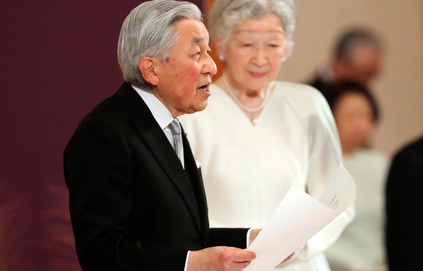 L'empereur Akihito avait laissé savoir qu'il souhaitait être déchargé de sa tâche en raison de sa santé et son âge.