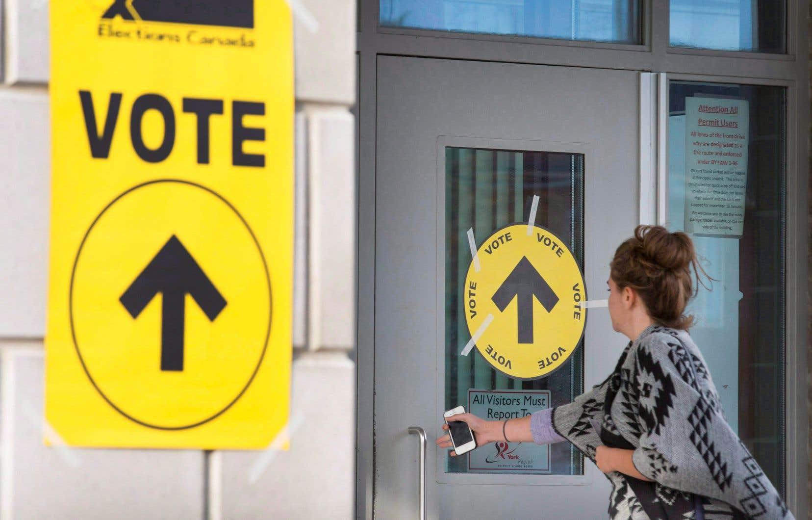 Il y avait près de 26 millions d'électeurs inscrits en 2015.