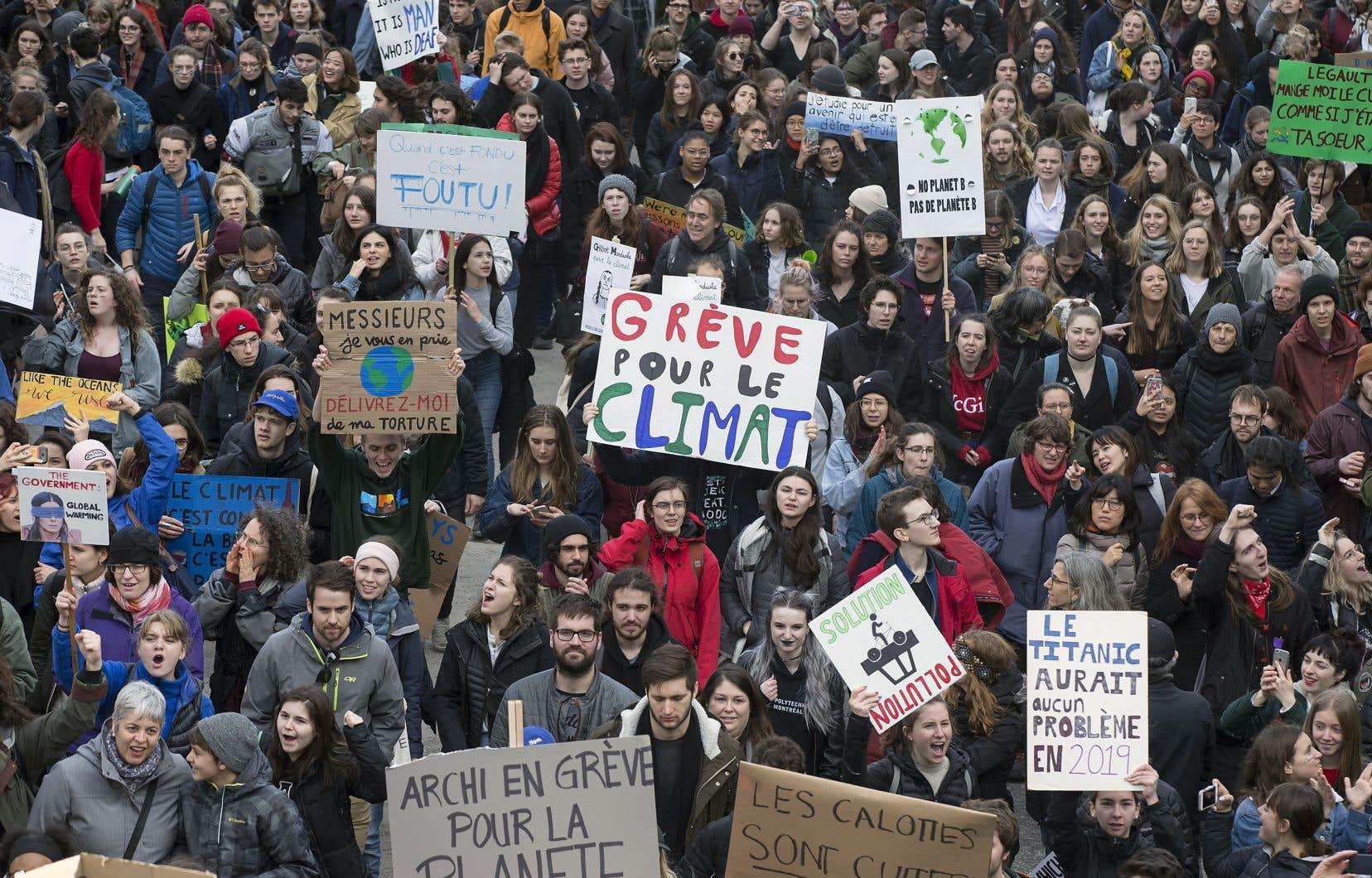 Une question d'examen posée sur le réchauffement climatique était si maladroite que des milliers d'élèves ont écrit sur une page Facebook pour se moquer le ministère de l'Éducation.
