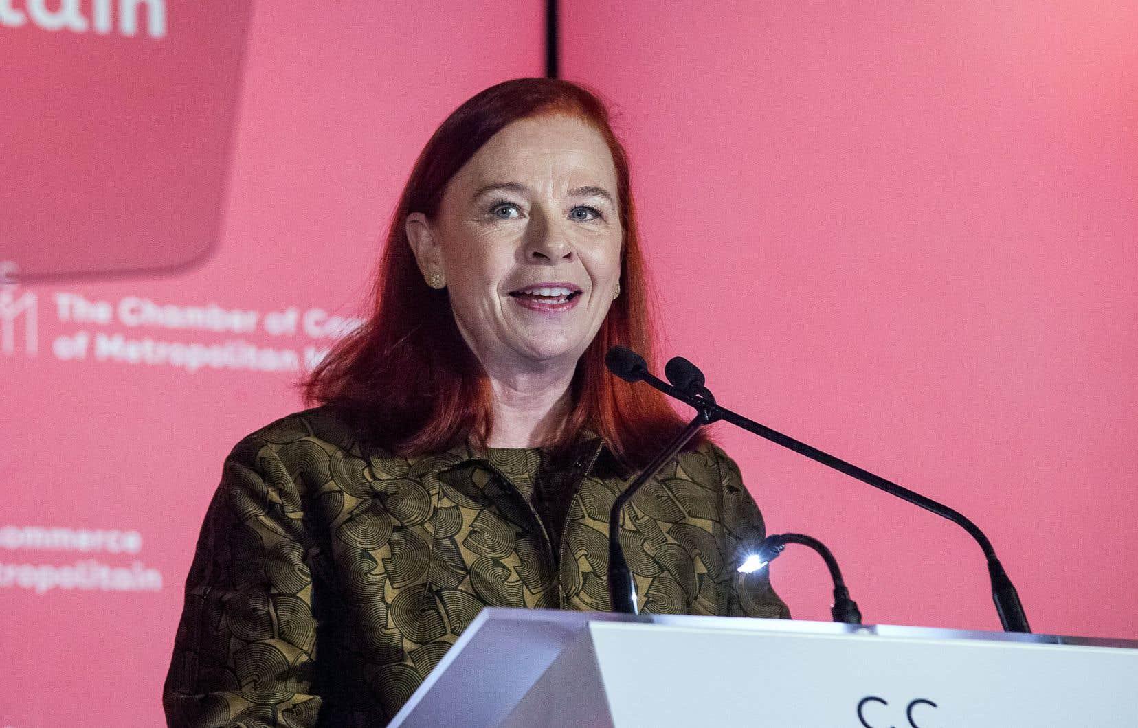 La p.-d.g. de Radio-Canada, Catherine Tait, lors de son allocution à la Chambre de commerce du Montréal métropolitain, vendredi