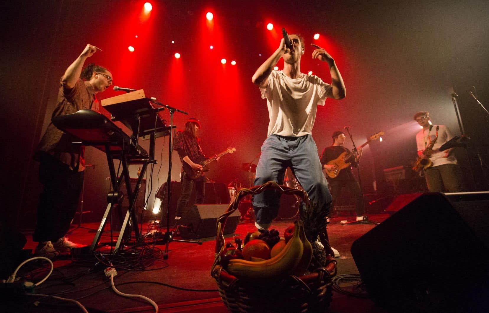 Aujourd'hui, la pop est rap, ingrédient essentiel à la recette d'O.G.B., qui, à sa manière, reprend le flambeau du gagnant de l'an dernier, le sextuor hip-hop LaF.