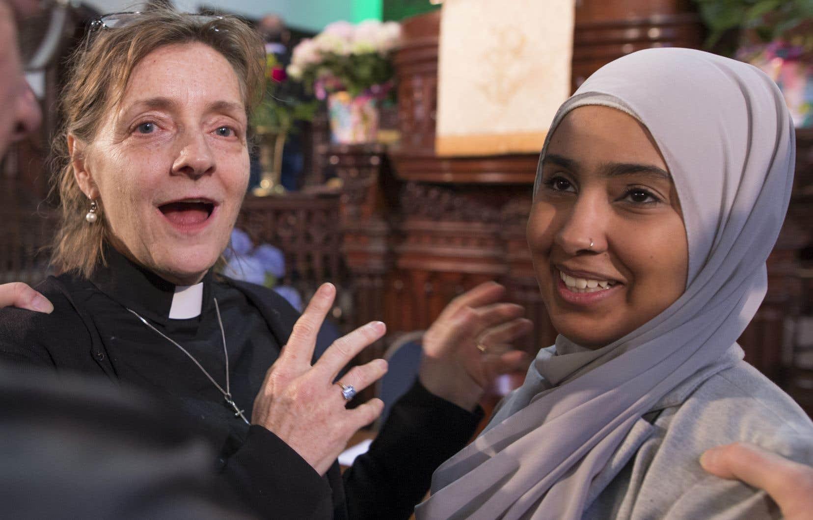 La porte-parole pour l'Église unie du Canada, Paula Kline,etSara Abou Bakr,du Conseil national des musulmans canadiens