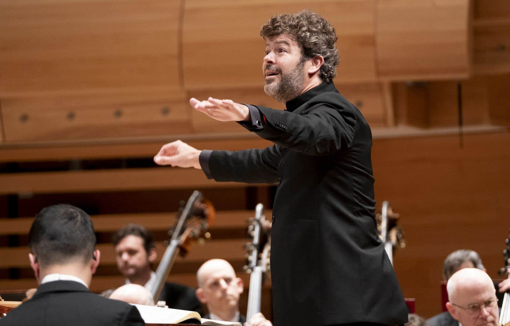 Parmi les divers chefs ciblés dans le processus de recherche du nouveau directeur musical de l'OSM, Pablo Heras-Casado est celui qui a, médiatiquement et internationalement, le profil le plus prestigieux ou convoité.