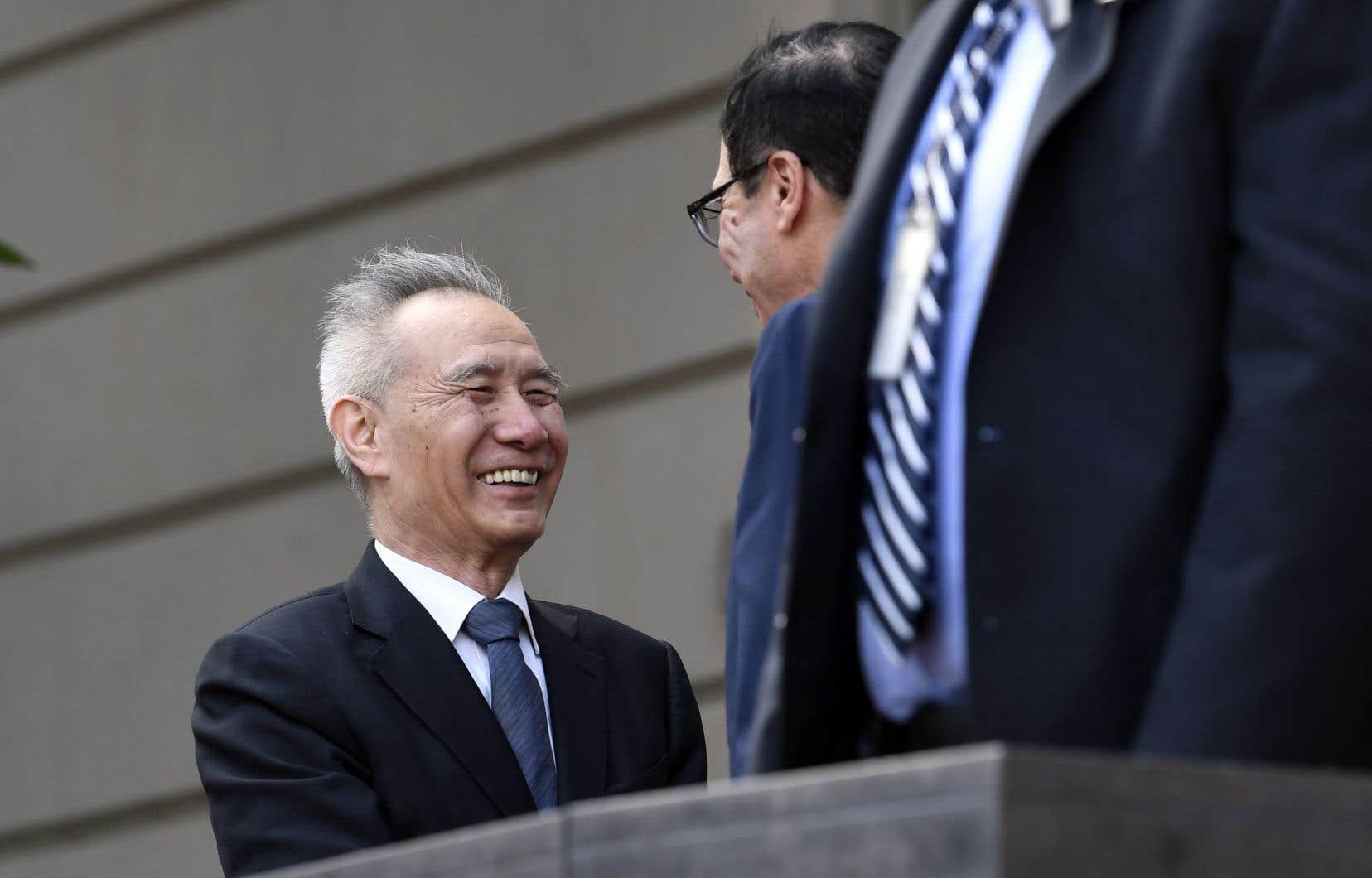 Le vice-premier ministre chinois, Liu He, a été accueilli jeudi par le secrétaire américain au Trésor, Steven Mnuchin.