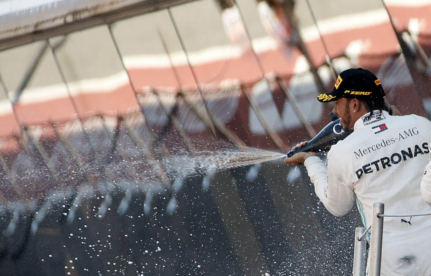 Lewis Hamilton a franchi le fil d'arrivée avec 4,074 secondes d'avance sur Valtteri Bottas. Le podium a été complété par le pilote Red Bull Max Verstappen.