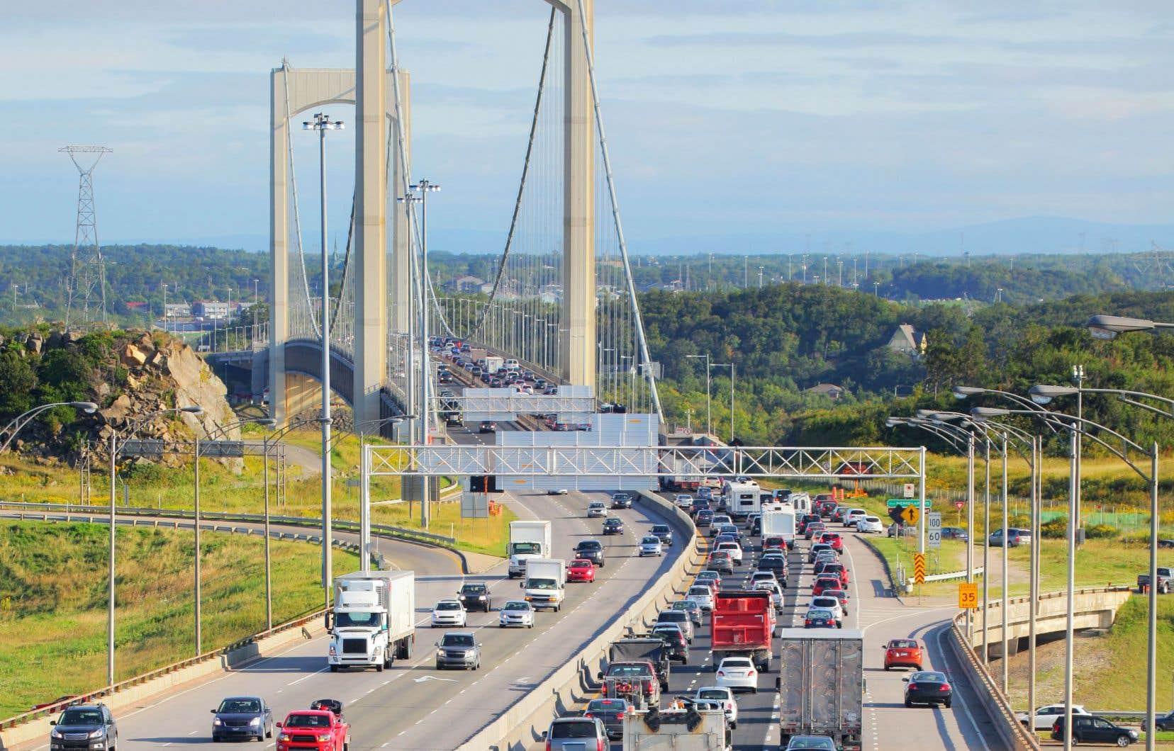 L'enquête Origine-Destination confirme la croissance des problèmes de congestion dans la région de Québec, l'heure de pointe s'étant prolongée le matin et particulièrement le soir.