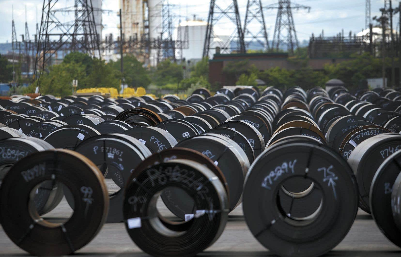 Le président américain, Donald Trump, avait décidé, il y a presque un an, d'imposer un tarif de 25% sur les importations aux États-Unis d'acier canadien et de 10% sur les importations d'aluminium canadien.