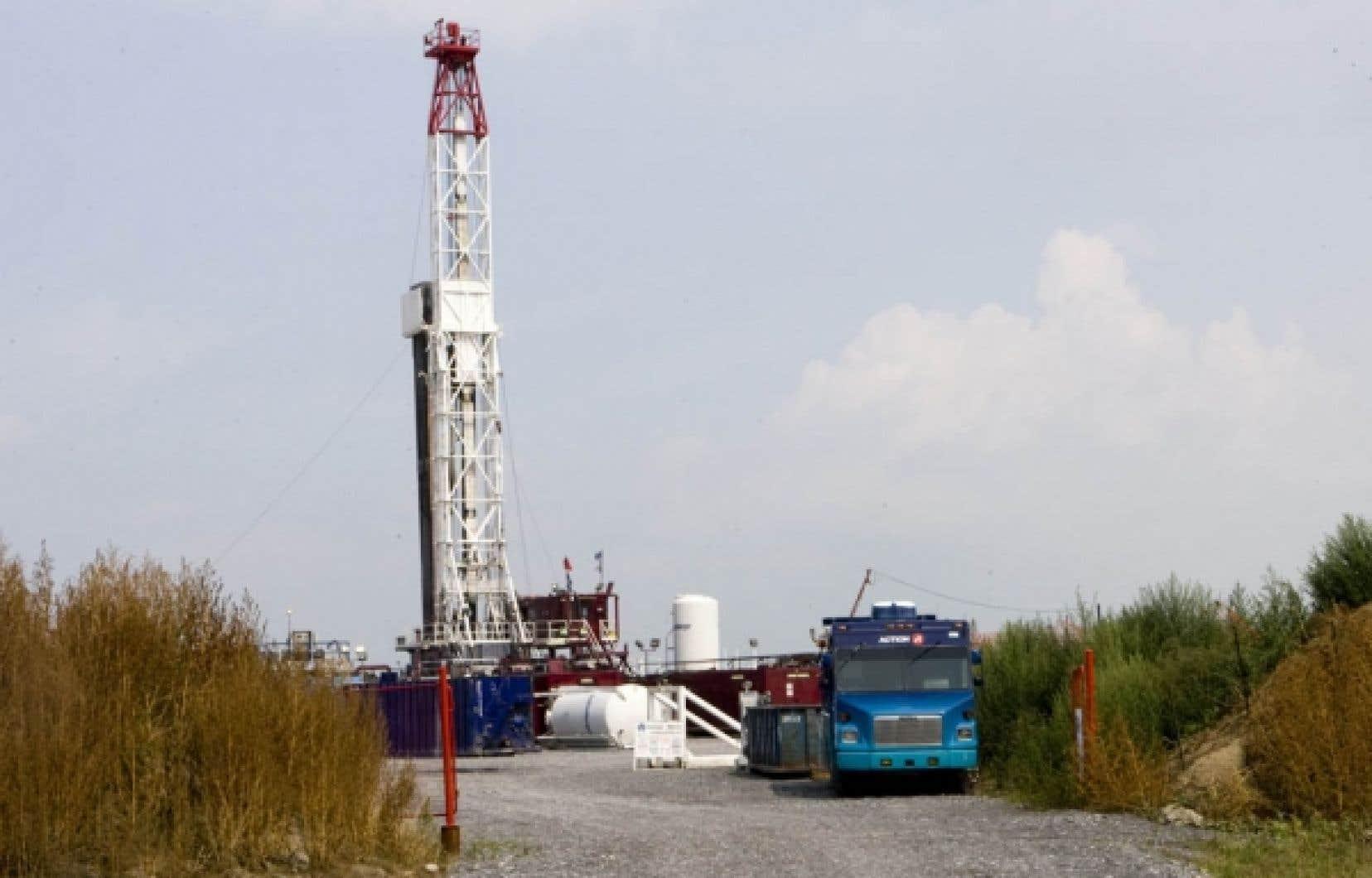 Un puits d'exploration gazière a surgi sur une terre agricole de Saint-Thomas-d'Aquin, près de Saint-Hyacinthe, tandis que la prospection s'étend maintenant à la région du mont Saint-Hilaire.<br />