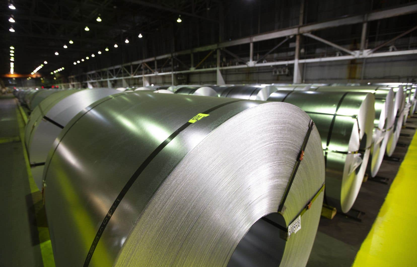 Les tarifs douaniers canadiens prévoyaient une surtaxe de 25% sur les importations américaines d'acier et de 10% sur l'aluminium.