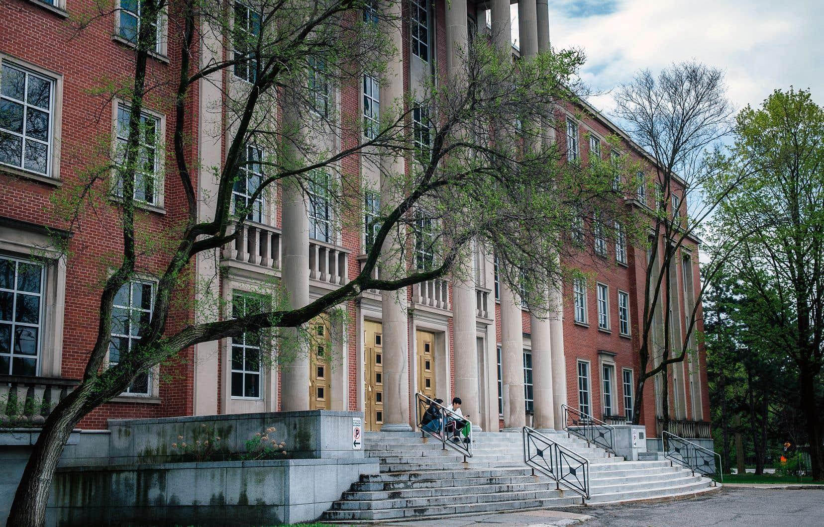 Le centre administratif de la Commission scolaire English-Montréal