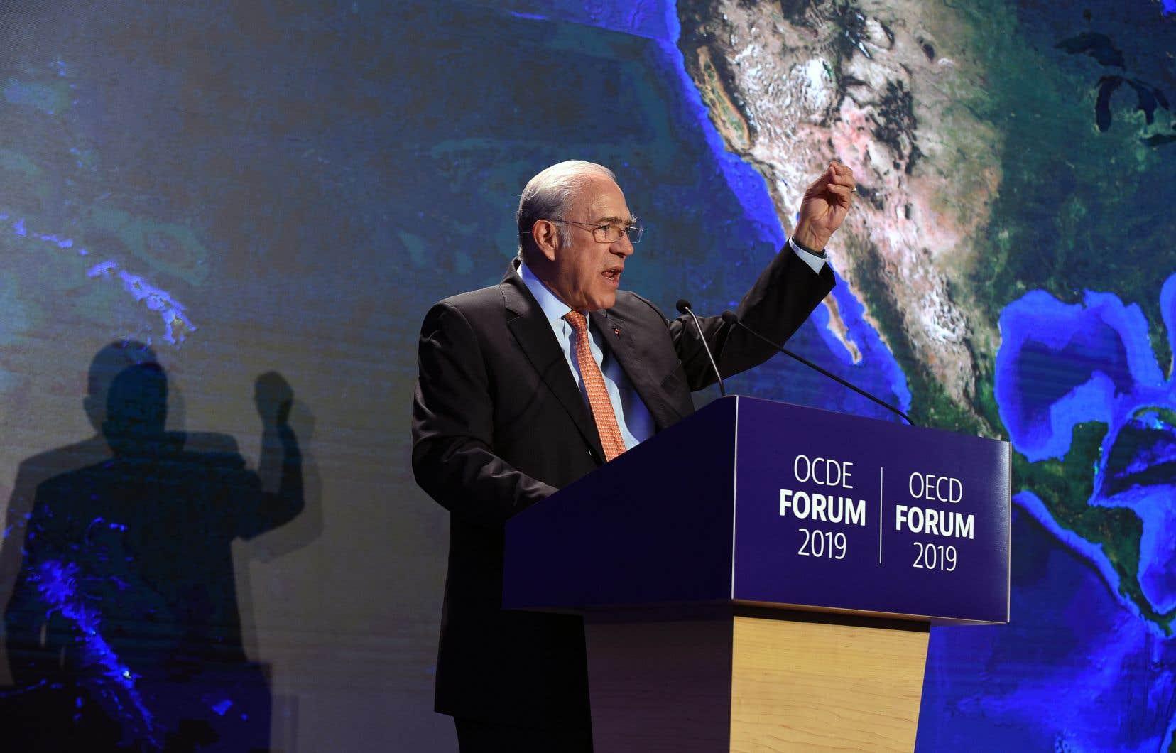 Le secrétaire général de l'OCDE, Angel Gurría, a présenté mardi les perspectives économiques de son organisation, à Paris.
