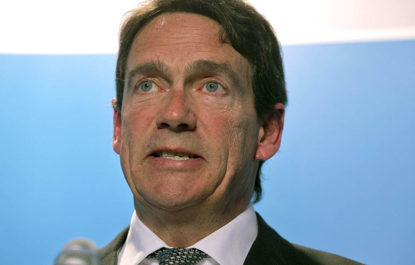 M.Péladeau s'est inscrit au Registre pour une période d'une seule journée, soit le 28février 2019, date où il a rencontré le ministre des Transports, François Bonnardel.