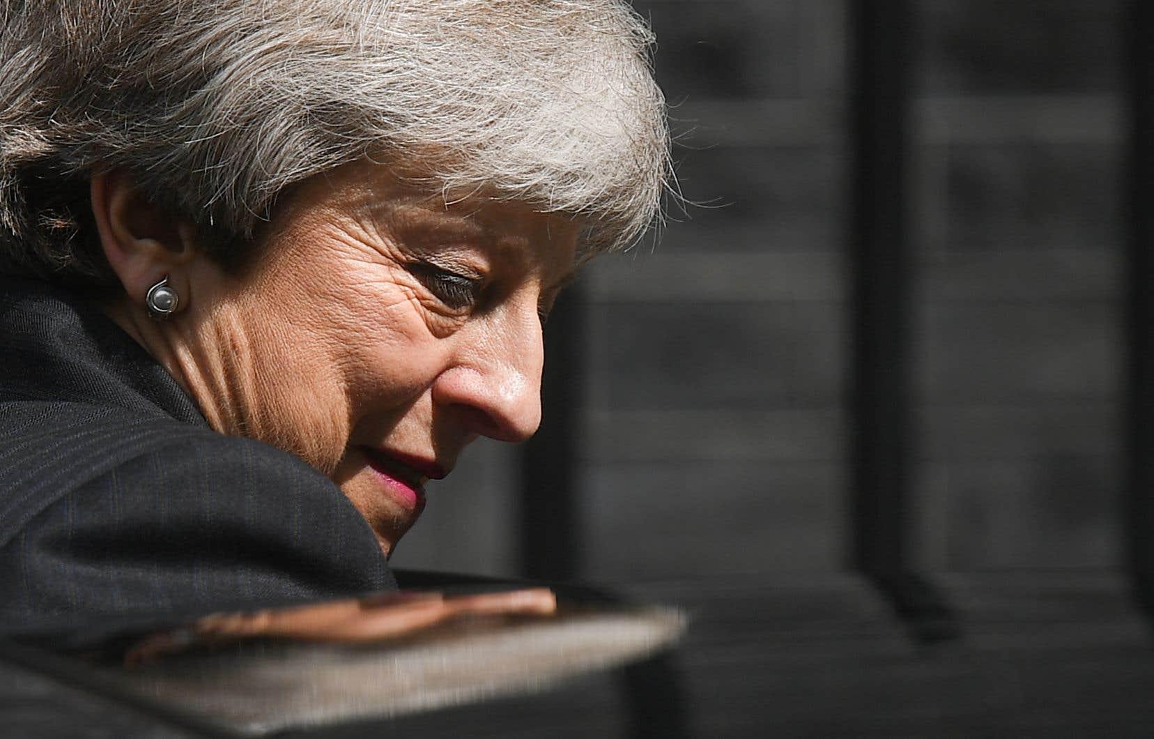 <p>Face aux députés, Theresa May a présenté mercredi son plancomme le seul moyen de respecter la volonté des Britanniques. Il prévoitprévoit notamment la possibilité de voter sur un second référendum et le maintien dans une union douanière temporaire avec l'UE.</p>