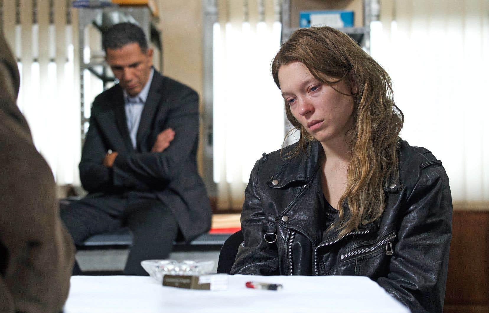 Léa Seydoux incarne de manière formidable l'une des deux suspectes de l'assassinat d'une femme octogénaire.