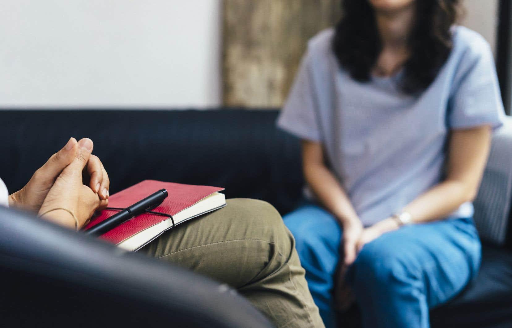 «Dans mon programme à l'Université McGill, nombreux sont les diplômés en psychologie qui laissent la province pour aller pratiquer ailleurs qu'au Québec», écrit l'auteure.