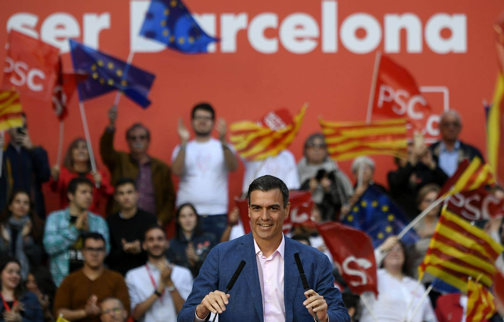 Grand espoir des sociaux-démocrates européens, Pedro Sanchez entend profiter de son succès, s'il se confirme, pour placer un Espagnol à l'un des postes clés en jeu prochainement dans l'UE.