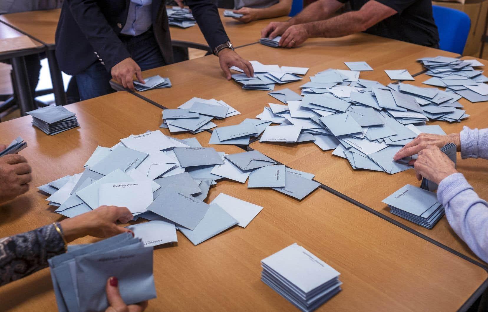 Un bureau de vote à Gardouch, dans le sud-ouest de la France