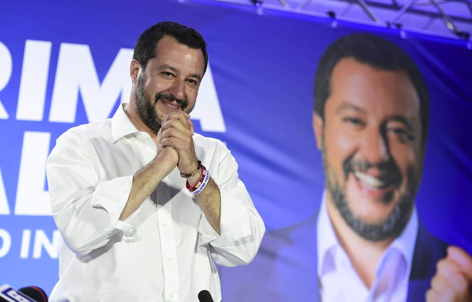 Lundi matin, M.Salvini a martelé qu'il n'entendait pas remettre en cause le gouvernement de Giuseppe Conte ni le «contrat de gouvernement» signé l'an dernier.