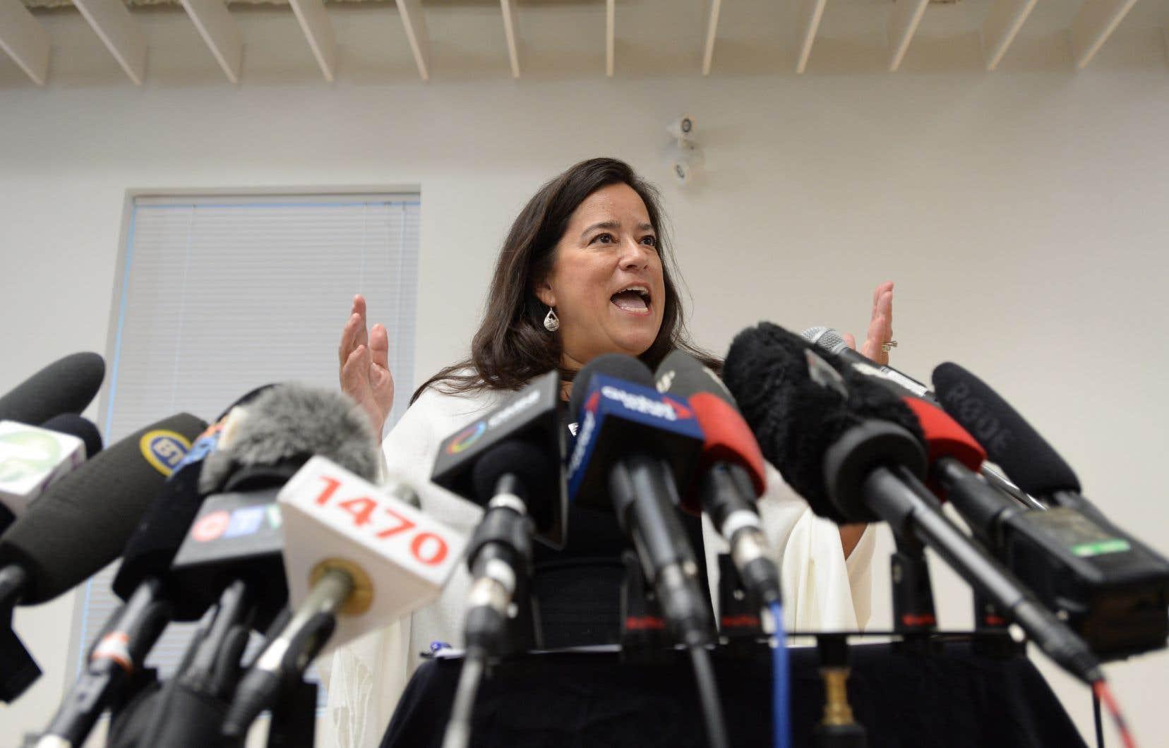 L'ex-ministre libérale Jody Wilson-Raybould se présentera comme candidate indépendante aux prochaines élections fédérales.