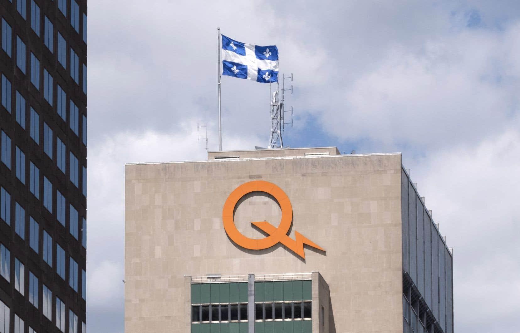Pituvik et Hydro-Québec s'associent pour construire une centrale hydroélectrique au fil de l'eau sur la rivière Inukjuak, dans le Nord-du-Québec.