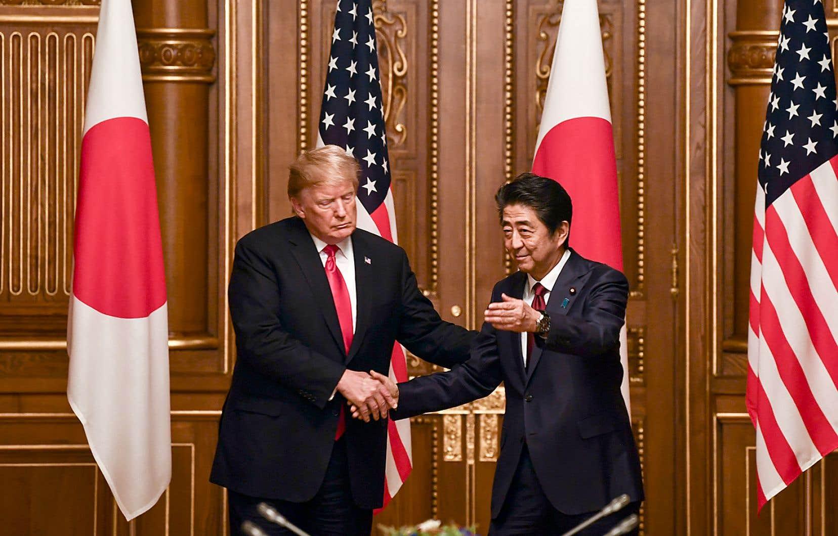 Le premier ministre japonais, ShinzoAbe, n'a rien laissé au hasard pour que «Donald», comme il appelle amicalement le président des États-Unis pendant les conférences de presse, passe un séjour agréable au Japon.
