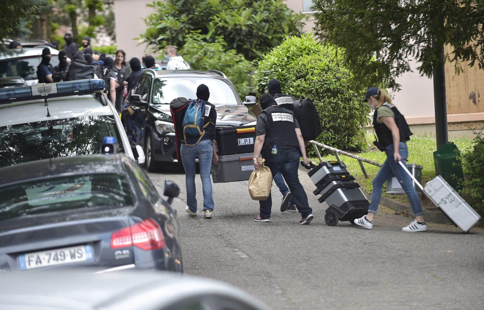 <p>L'enquête a pu déterminer que «le profil génétique identifié sur les éléments de l'engin retrouvé sur les lieux de l'explosion correspond à celui du principal suspect», a indiqué une source proche du dossier.</p>