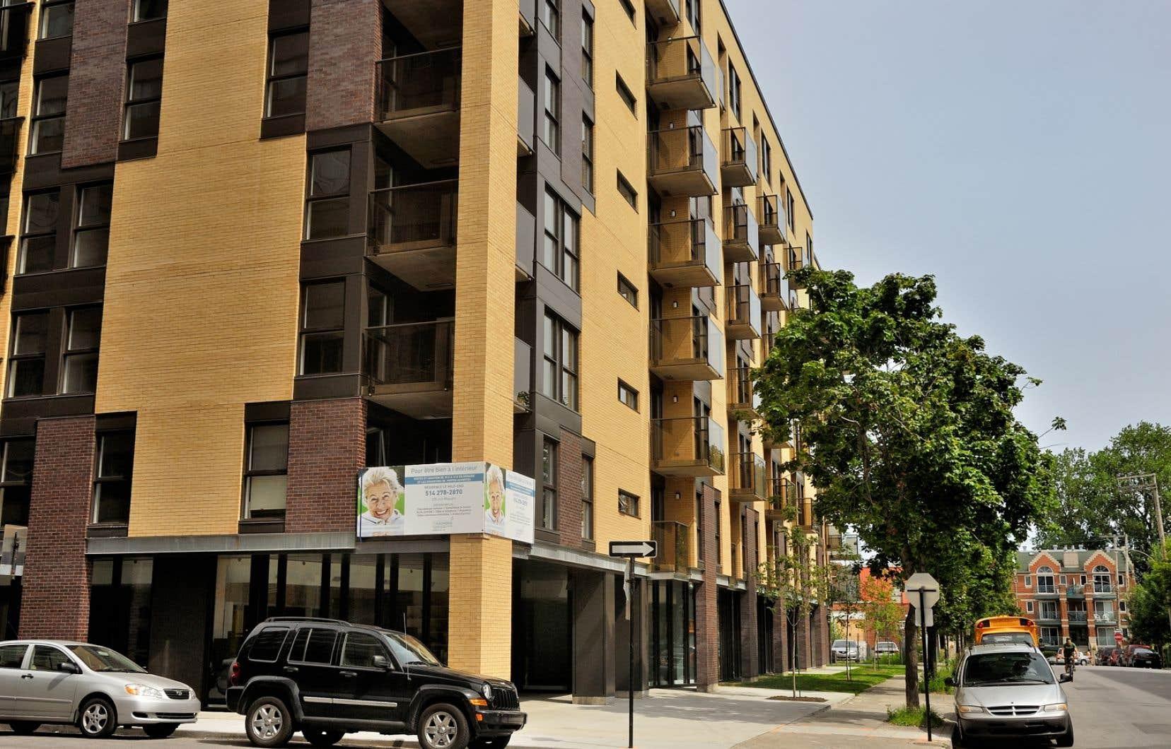 Le futur règlement montréalais s'appliquerait aux tours résidentiels contenant un nombre indéterminé de logements.
