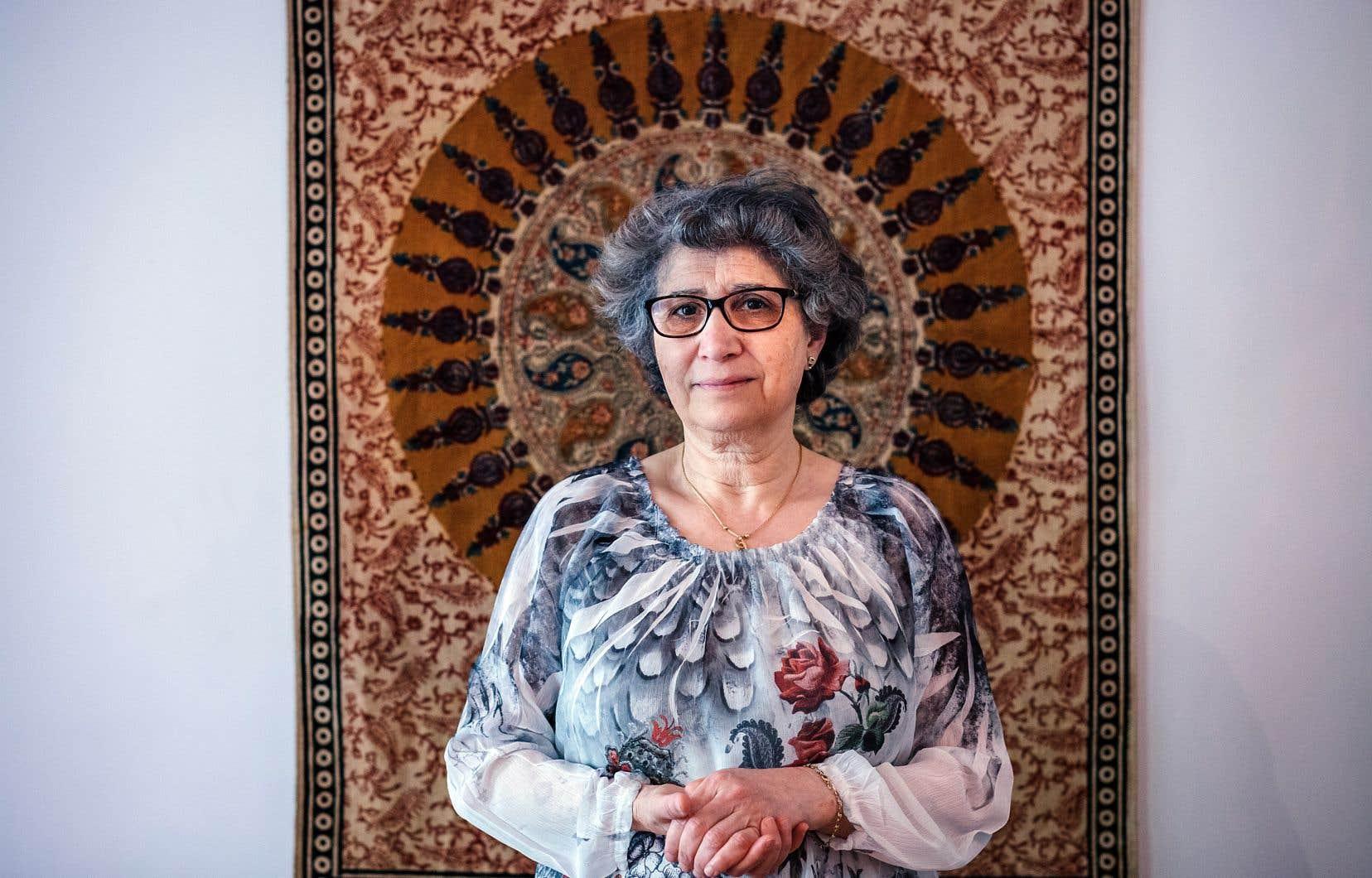 Les patients psychiatriques sont tenus «tranquilles» par une camisole chimique médicamenteuse, déplore Sadia Messaili.