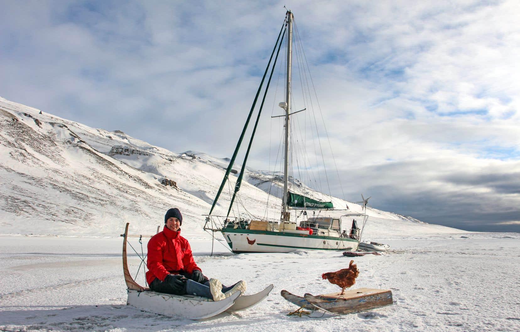 Cinq années et 73000 kilomètres après son départ, le Breton Guirec Soudée est revenu à bon port en décembre dernier avec la poule Monique.