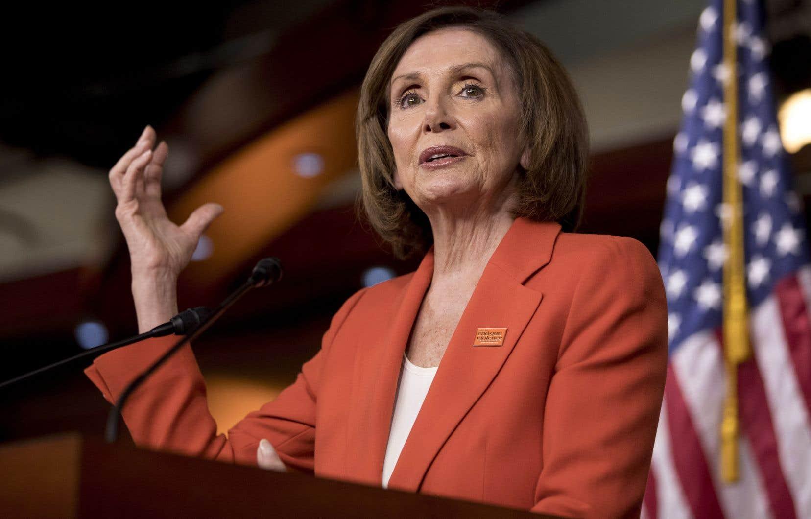 La présidente de la Chambre des représentants des États-Unis, Nancy Pelosi