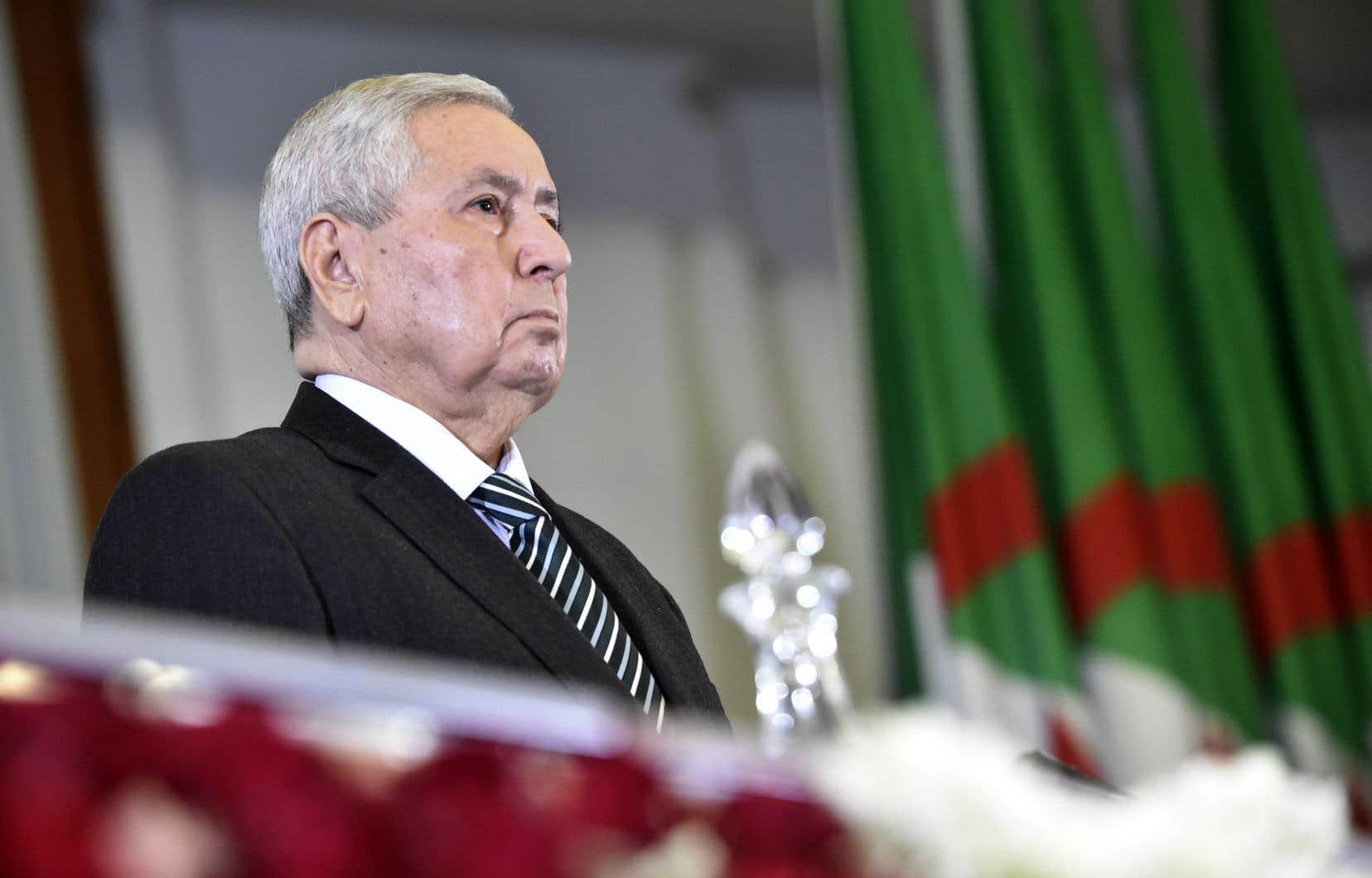 Depuis sa prestation de serment, c'est la troisième fois que le chef de l'État par intérim en Algérie, Abdelkader Bensalah, s'adresse au peuple.