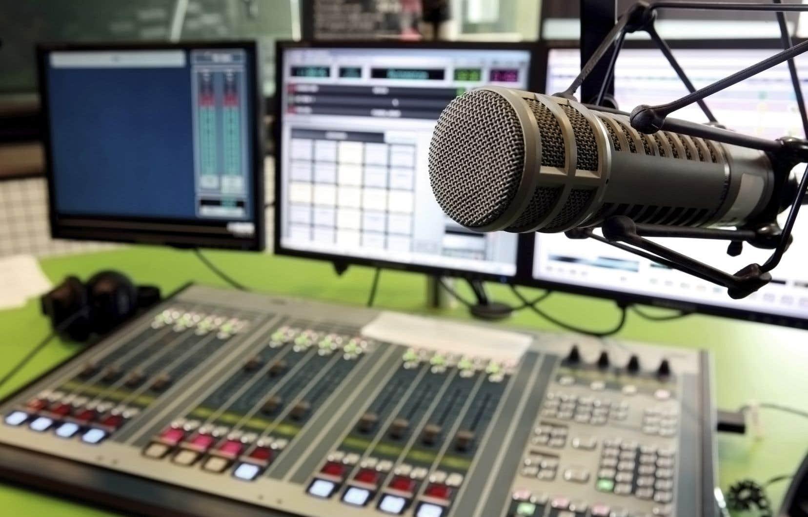 Les week-ends, la première chaîne de Radio-Canada domine les cotes d'écoute.