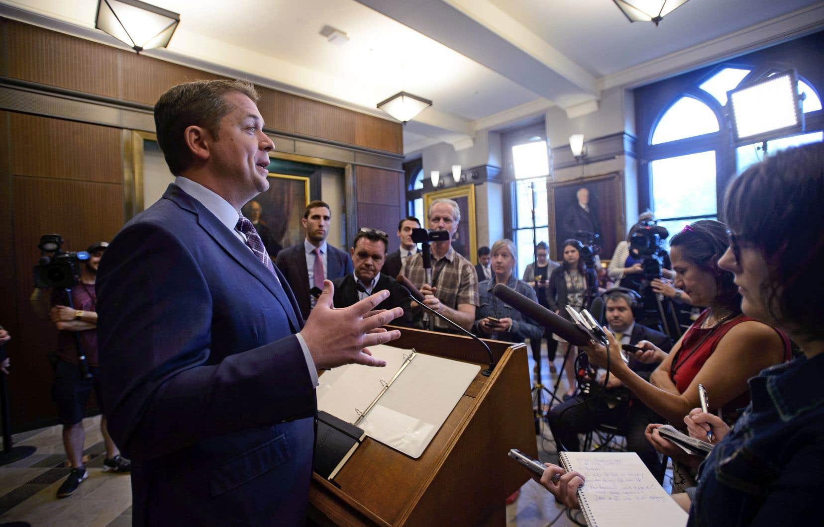 Le chef conservateur, Andrew Scheer, refuse d'utiliser le terme «génocide» pour qualifier la «tragédie» vécue par les peuples autochtones.