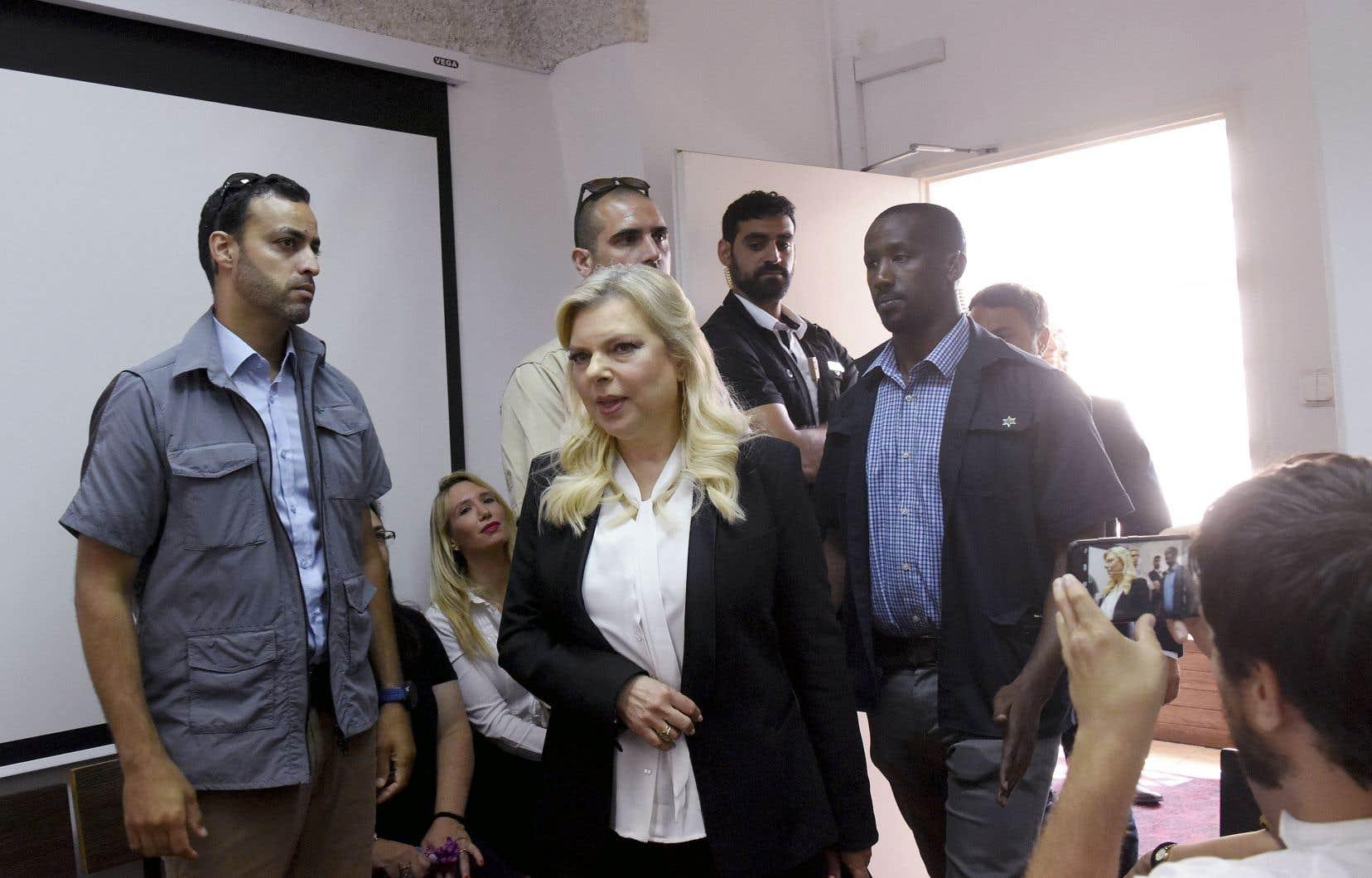 L'épouse du premier ministre israélien, Sara Nétanyahou, est depuis longtemps la cible d'accusations de malversations financières et de corruption.
