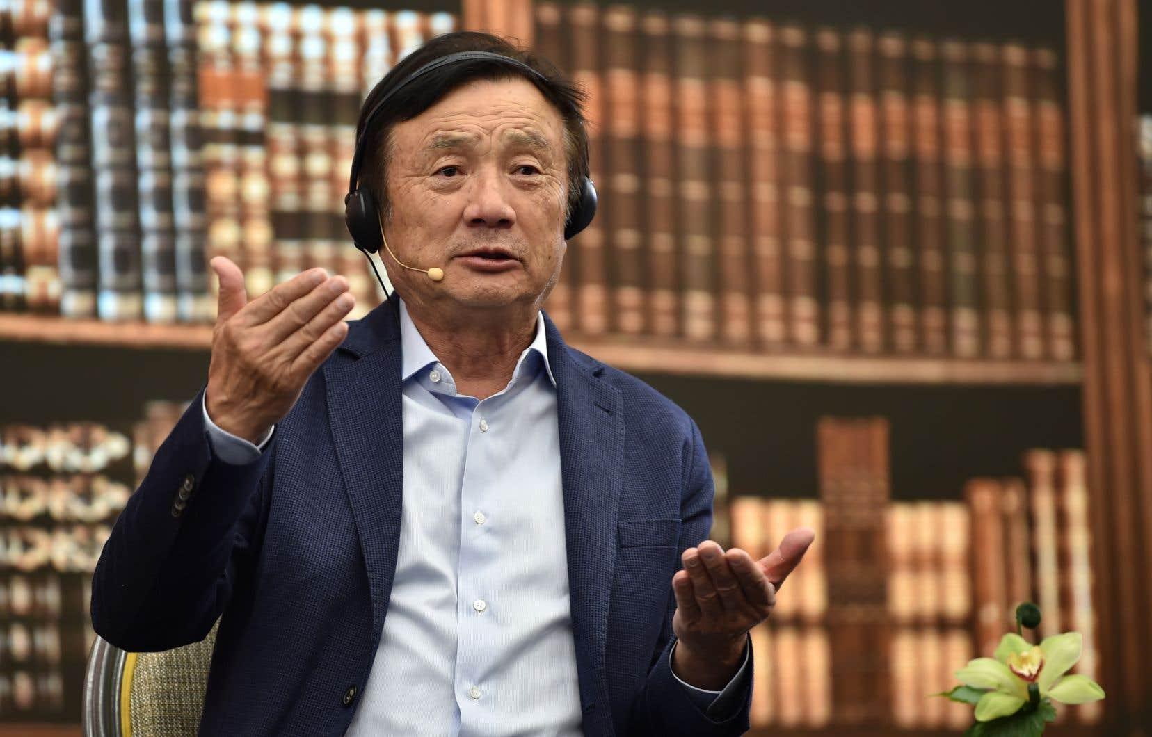 À Shenzhen lundi, le fondateur de Huawei, Ren Zhengfei, a révélé que l'entreprise avait enregistré une chute de 40% de ses ventes de téléphones intelligents à l'international.