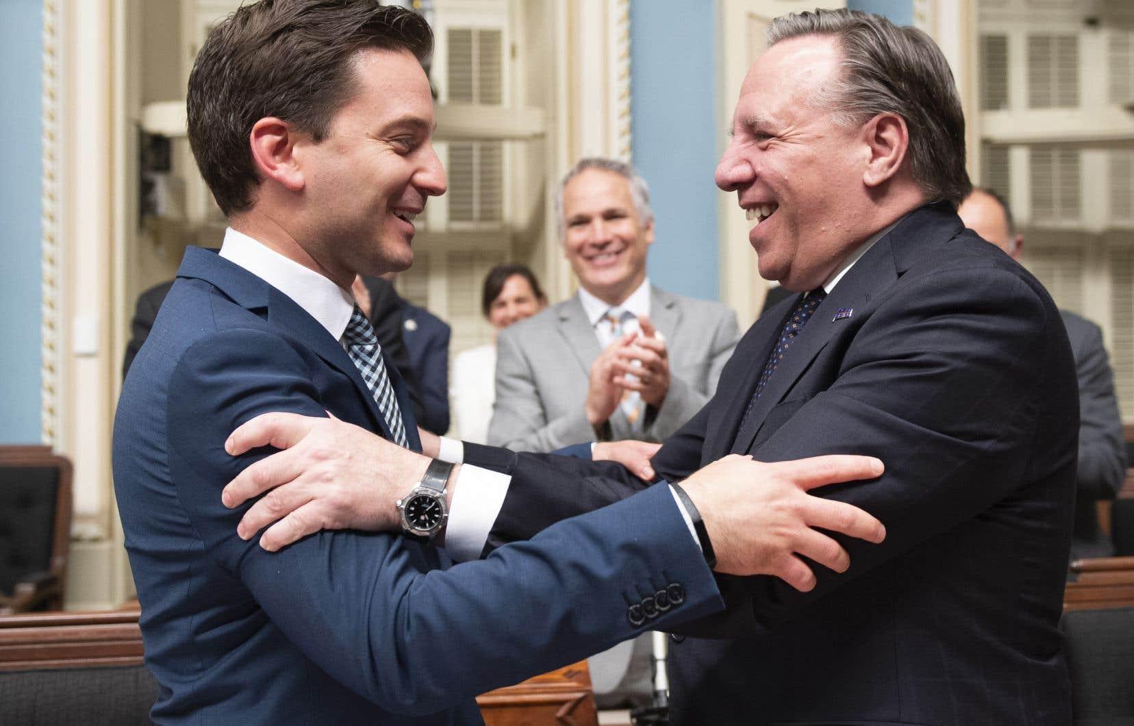 Le ministre Simon Jolin-Barrette et le premier ministre François Legault