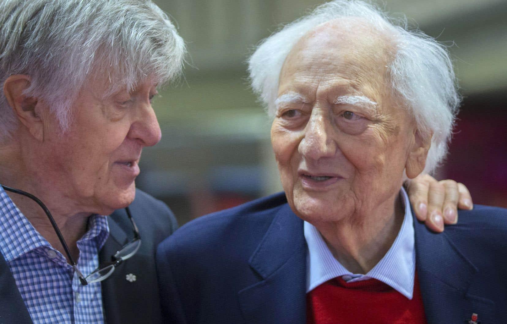 C'est en 2000 qu'Alain Stanké (à gauche) a connu Roger Taillibert, au moment de publier son livre «Notre cher Stade olympique. Lettres posthumes à mon ami Drapeau», sous la forme de lettres adressées au défunt maire montréalais.