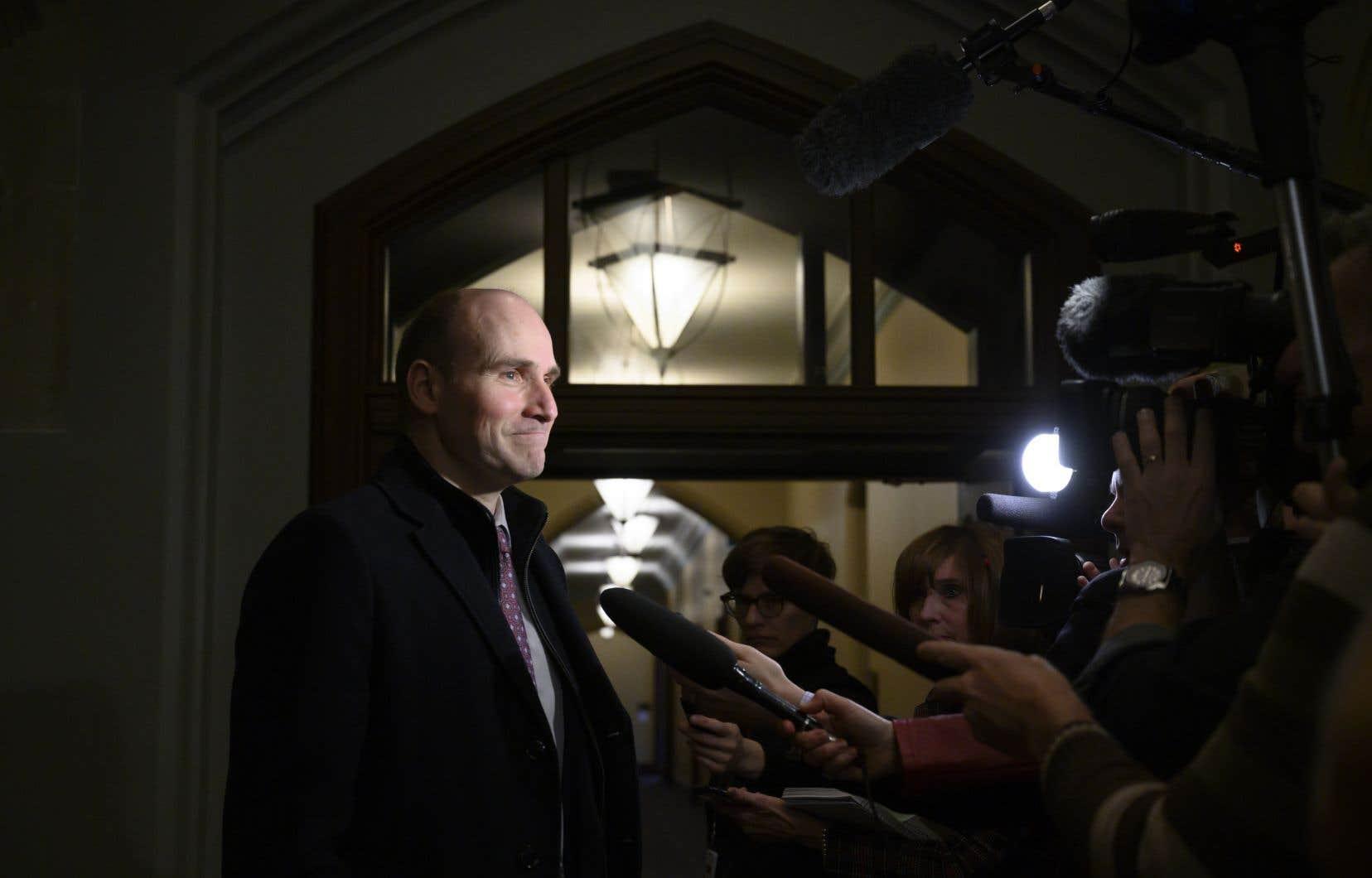 Le ministreDuclos prévient que les électeurs doivent s'attendre à entendre parler au dela croissance économique canadiennecours de la prochaine campagne électorale.
