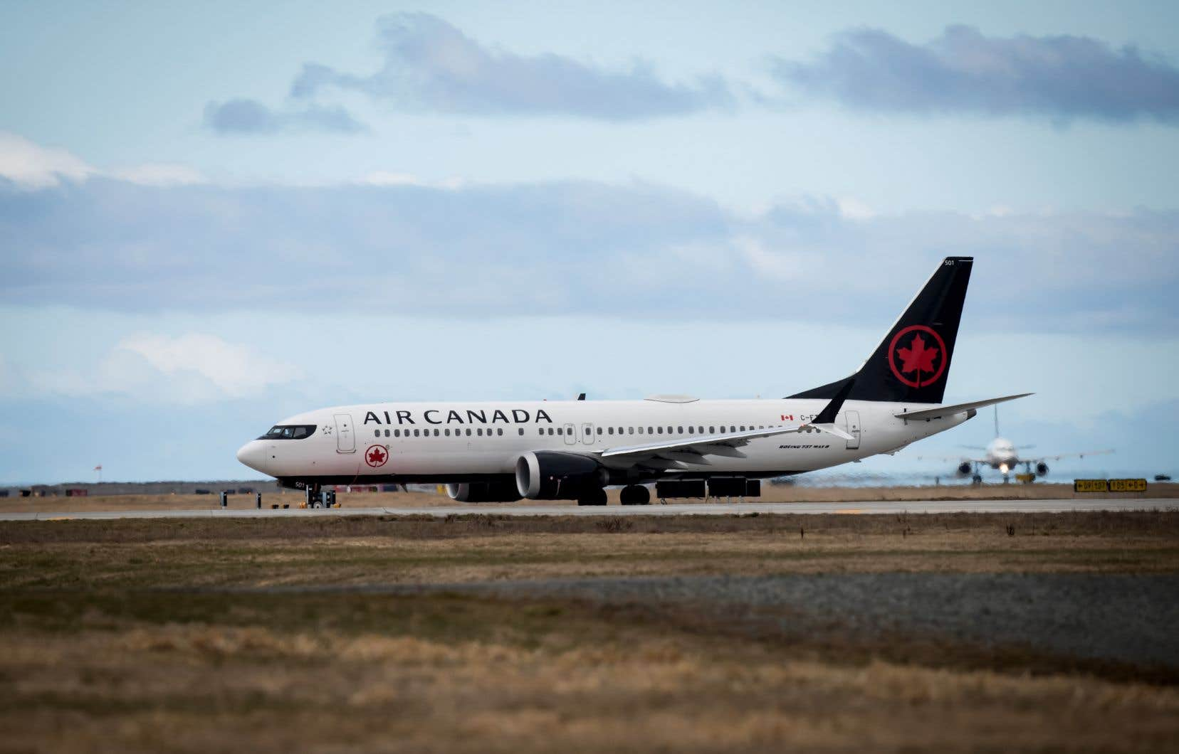 La passagère qui s'est réveillée seule à bord se trouvait dans un avion d'Air Canada.