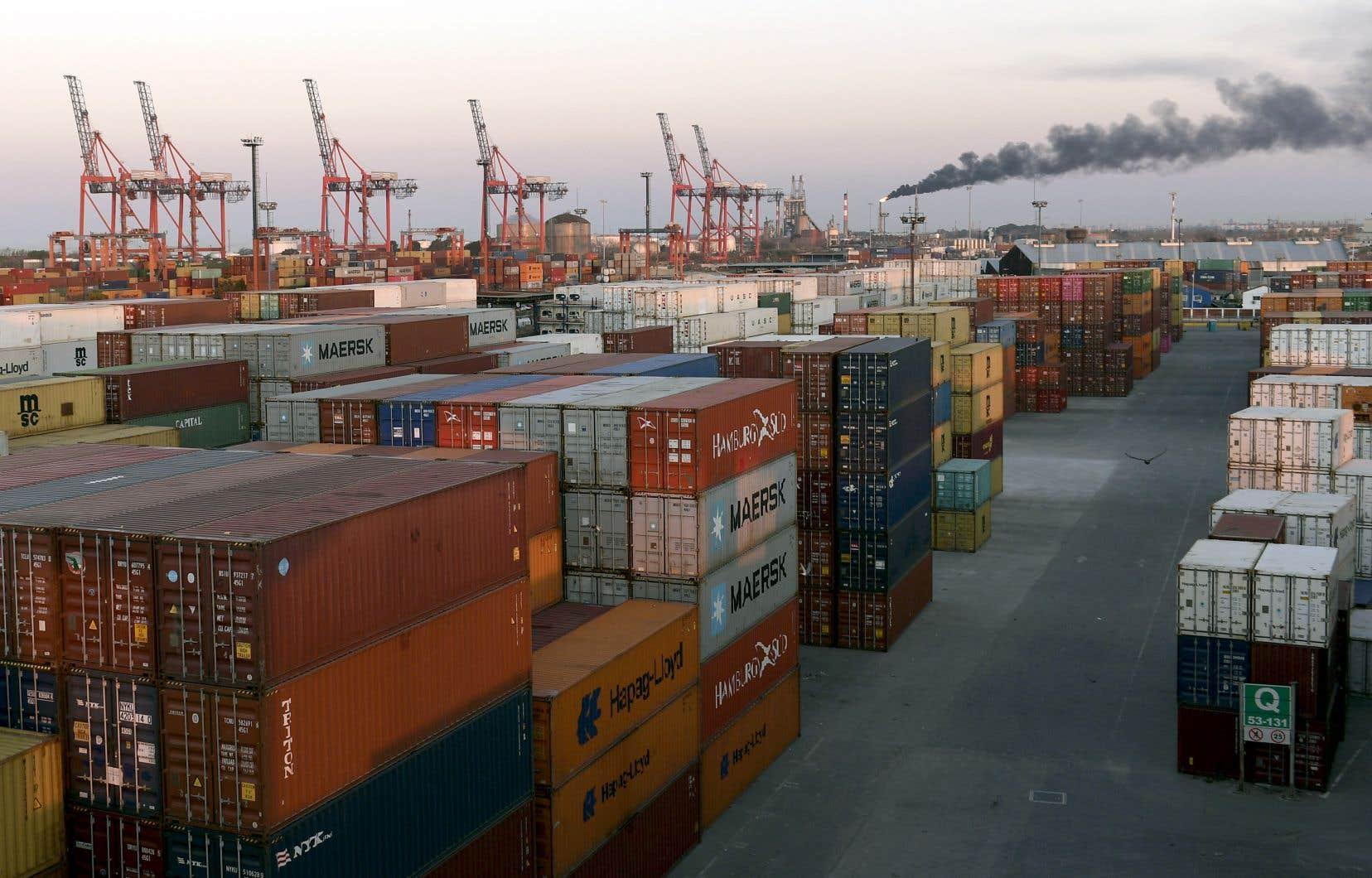 L'UE et le MERCOSUR échangent annuellement 88 milliards d'euros de biens, avec une balance très légèrement favorable aux Européens.