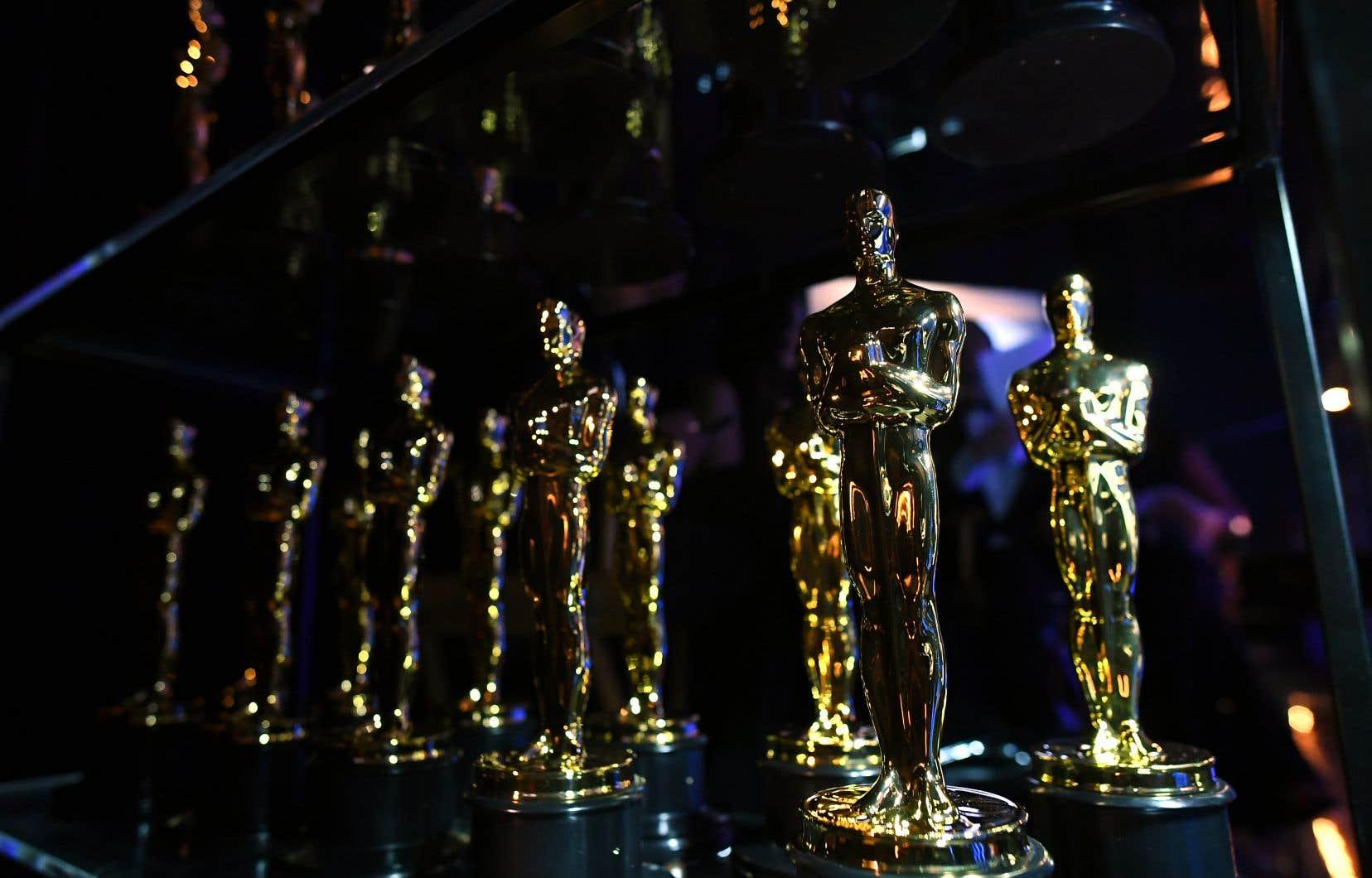 Si la majorité des invités acceptent de se joindre à l'académie, le nombre de membres de l'Académie américaine du cinéma, des arts et des sciencesva dépasser les 9000.