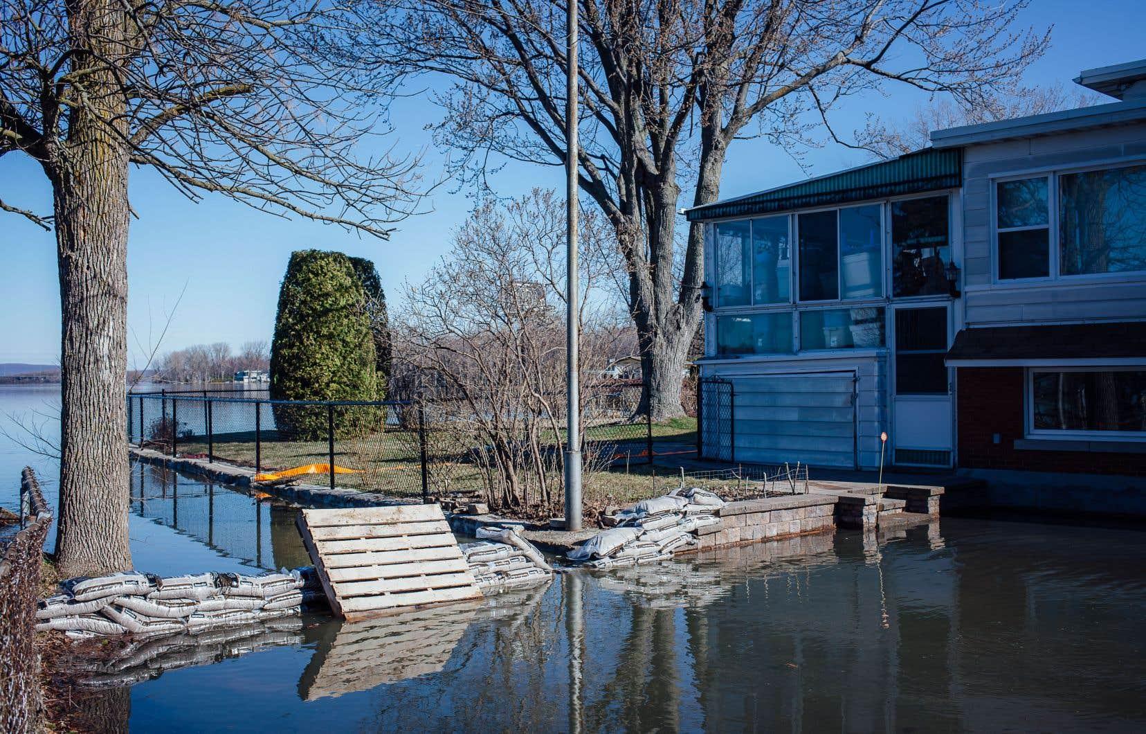 Comme tant d'autres municipalités riveraines, Sainte-Anne-de-Bellevue a vécu les affres de la crue printannière.