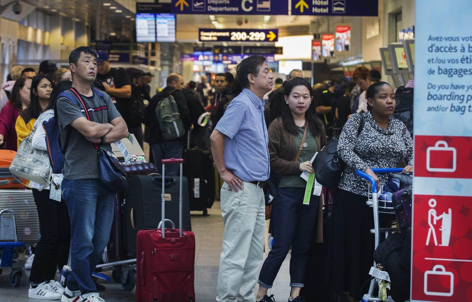 Des centaines de transporteurs ont fait valoir que l'obligation d'indemniser les passagers en cas de vols retardés et de bagages endommagés contrevenait aux normes internationales et devrait être invalidée.
