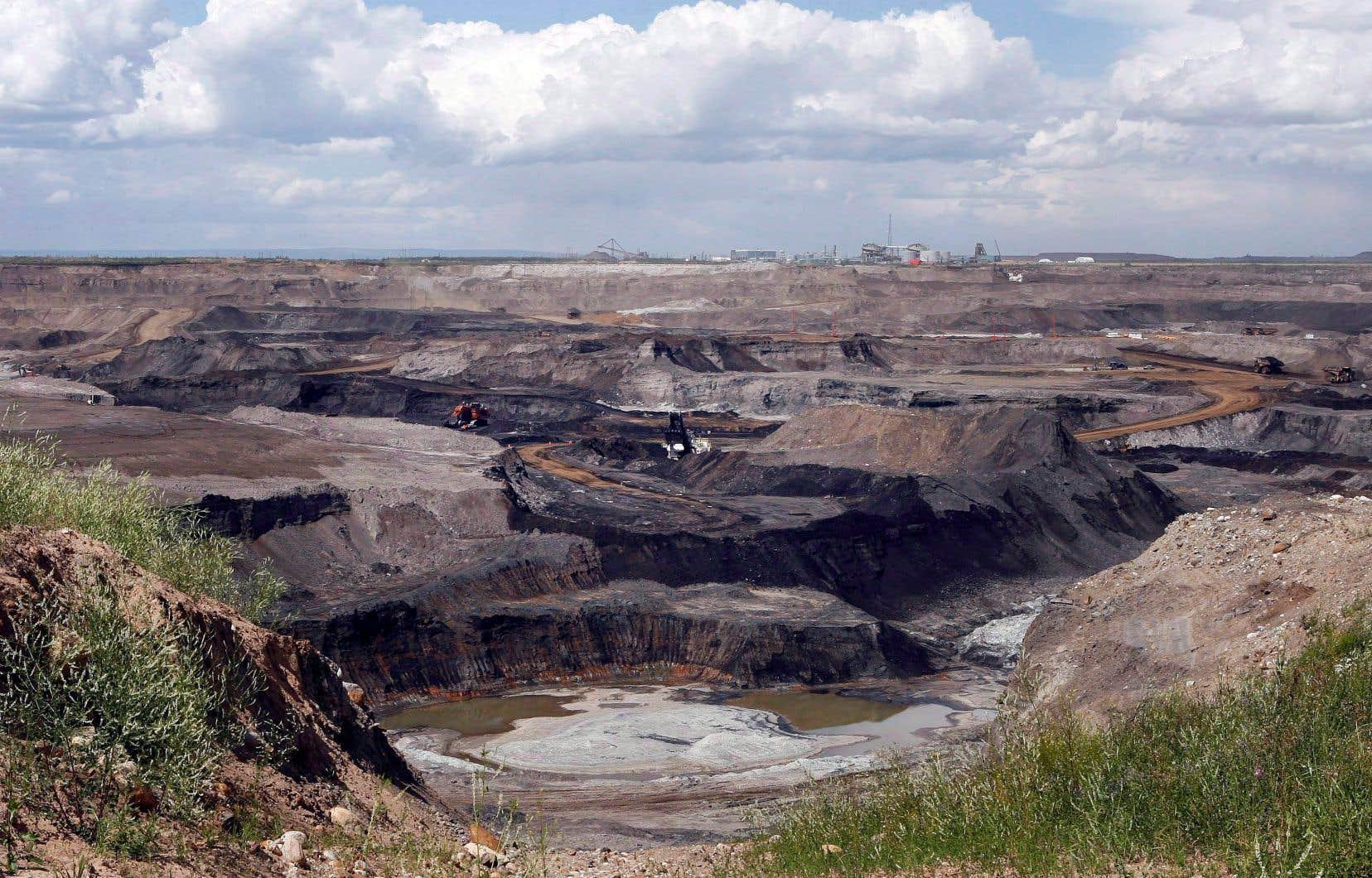 L'exploitation des sables bitumineux est plus onéreuse que celle du gaz de schiste américain.