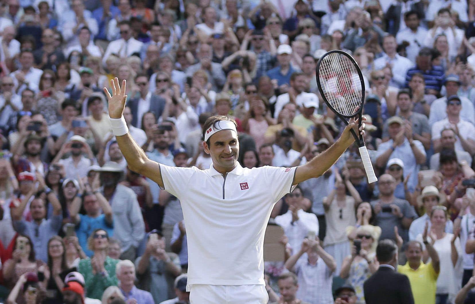 Roger Federer a signé, mercredi, sa 100evictoire en carrière sur le gazon londonien.