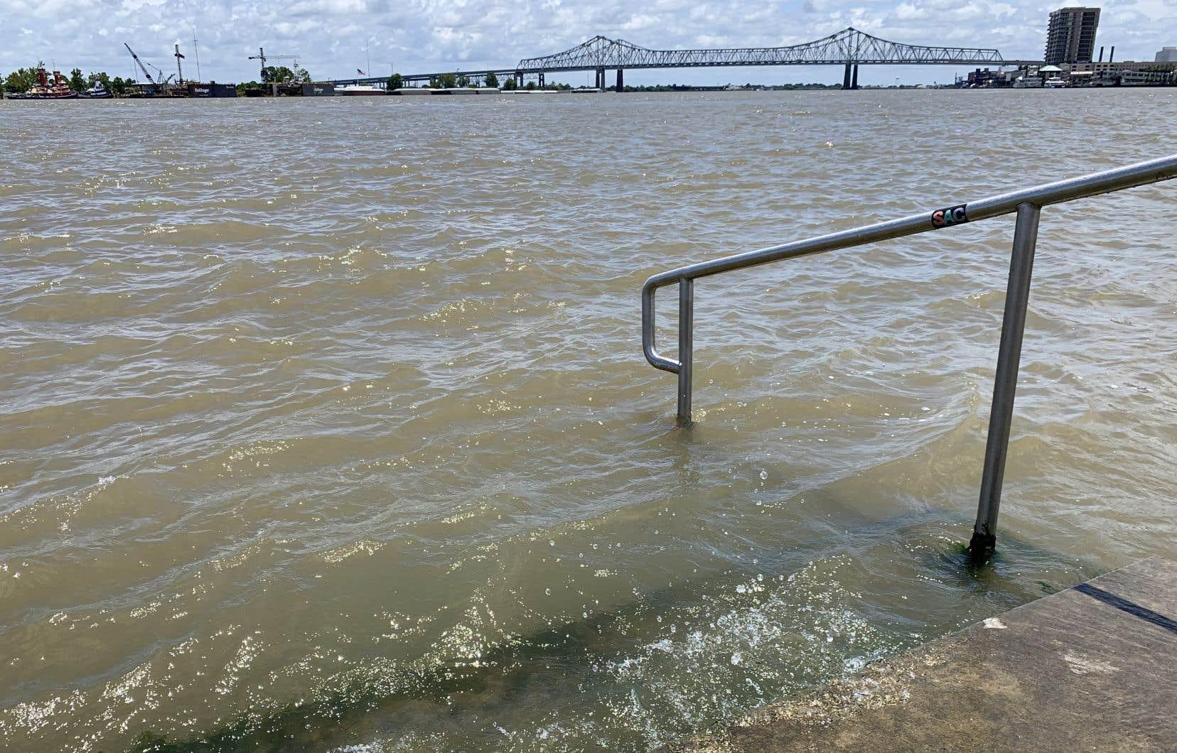 Les services météorologiques de La Nouvelle-Orléans, ville située en dessous du niveau de la mer, ont prévenu d'une «menace d'importantes inondations».