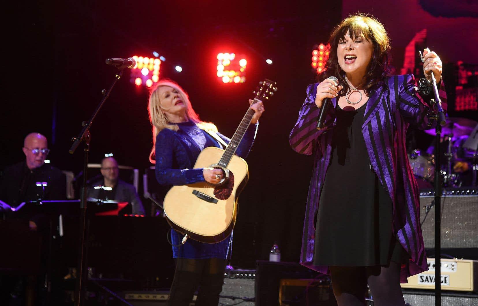 Ann et Nancy Wilson, que l'on voit ici en concert à New York en mars 2019, ont ravivé Heart mardi soir, pour un résultat aussi intense qu'au premier jour.