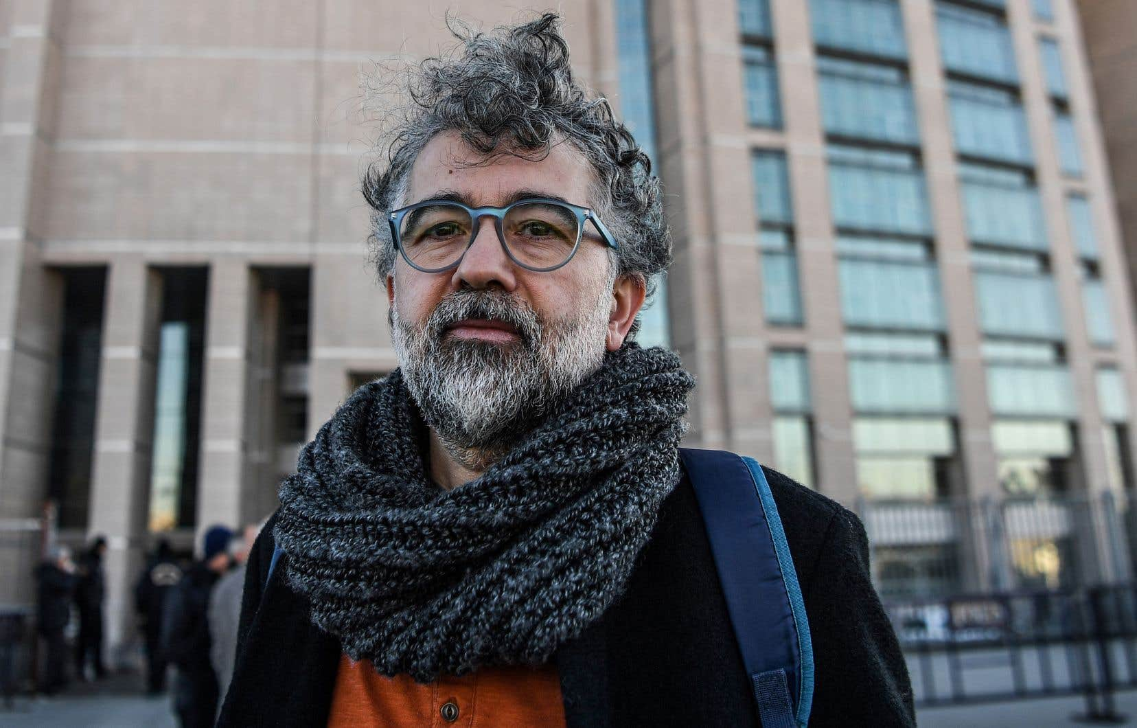 Le journaliste ErolÖnderoglu est poursuivi sous la même accusation de «propagande terroriste» dans le cadre d'un autre procès, qui doit s'ouvrir le 7novembre.